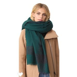 Torr burch Solid cashmeres scarf New!